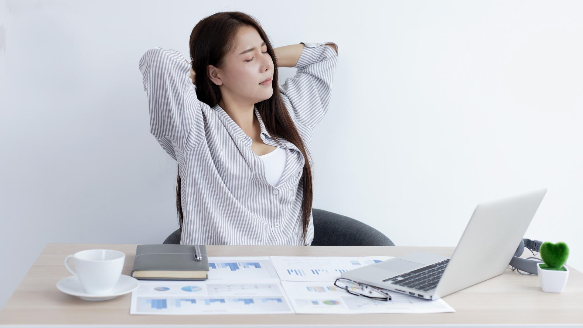 Desk work and ergonomics